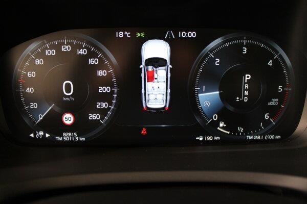 2,0 D5 Momentum AWD 225HK 5d 8g Aut. image6