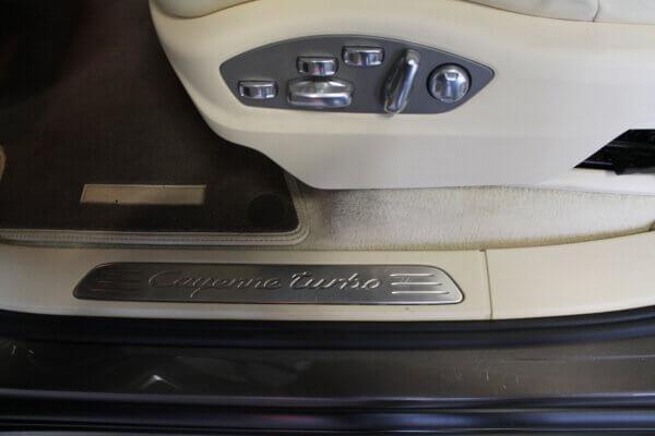 Turbo 4,8 4x4 500HK Van 6g Aut. image2