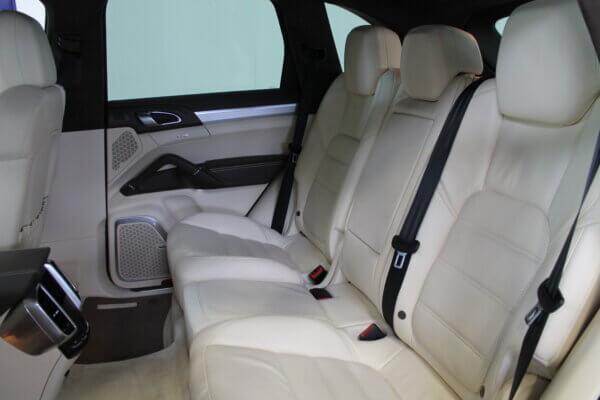 Turbo 4,8 4x4 500HK Van 6g Aut. image4