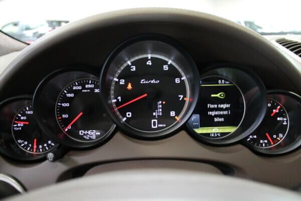 Turbo 4,8 4x4 500HK Van 6g Aut. image7