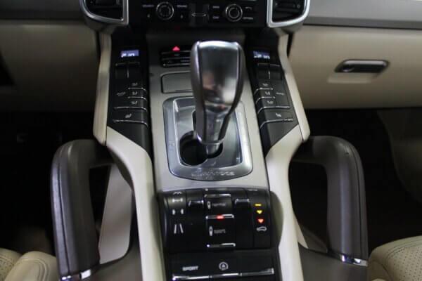 Turbo 4,8 4x4 500HK Van 6g Aut. image9