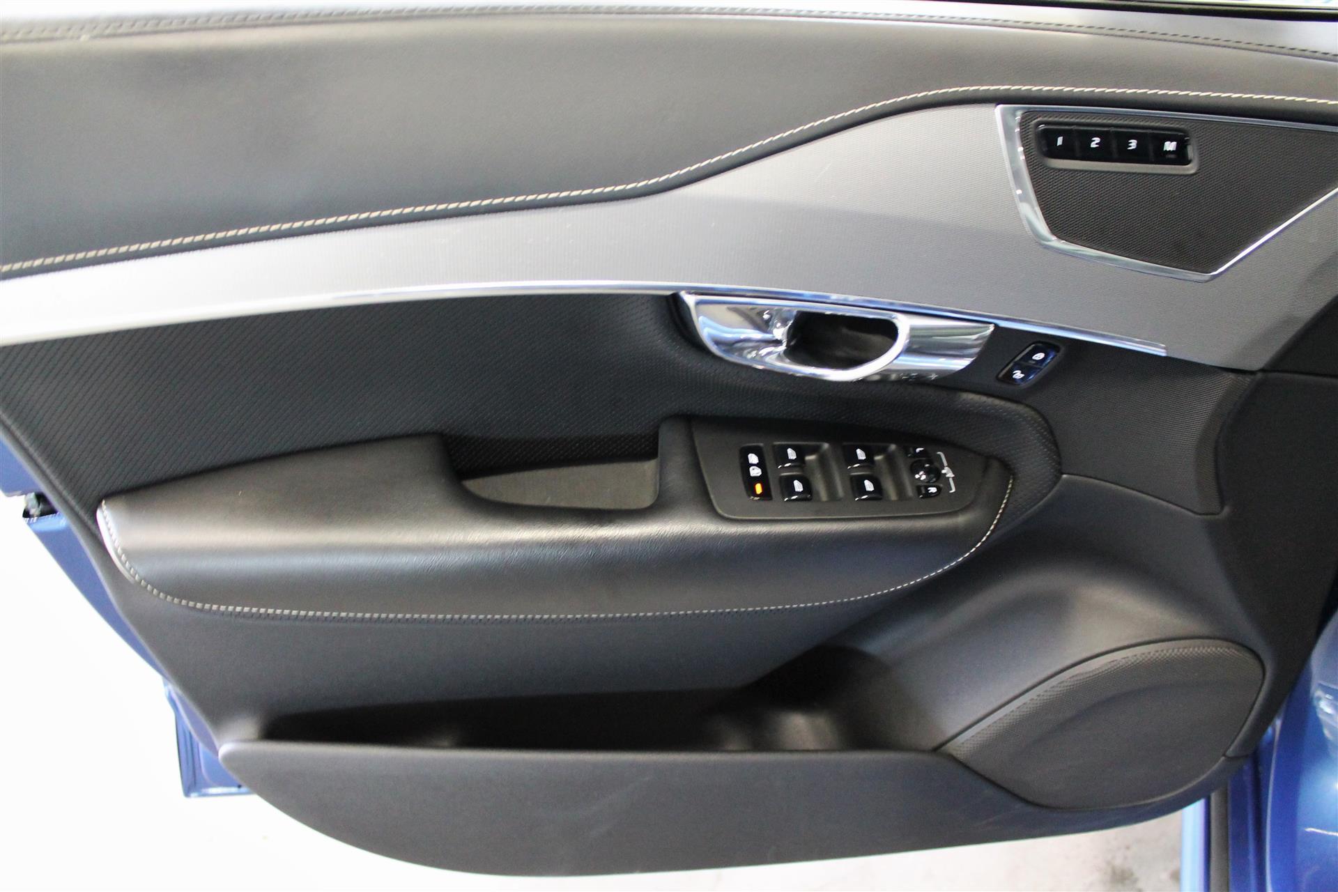 7 Sæder 2,0 D5 R-design AWD 235HK 5d 8g Aut. image3