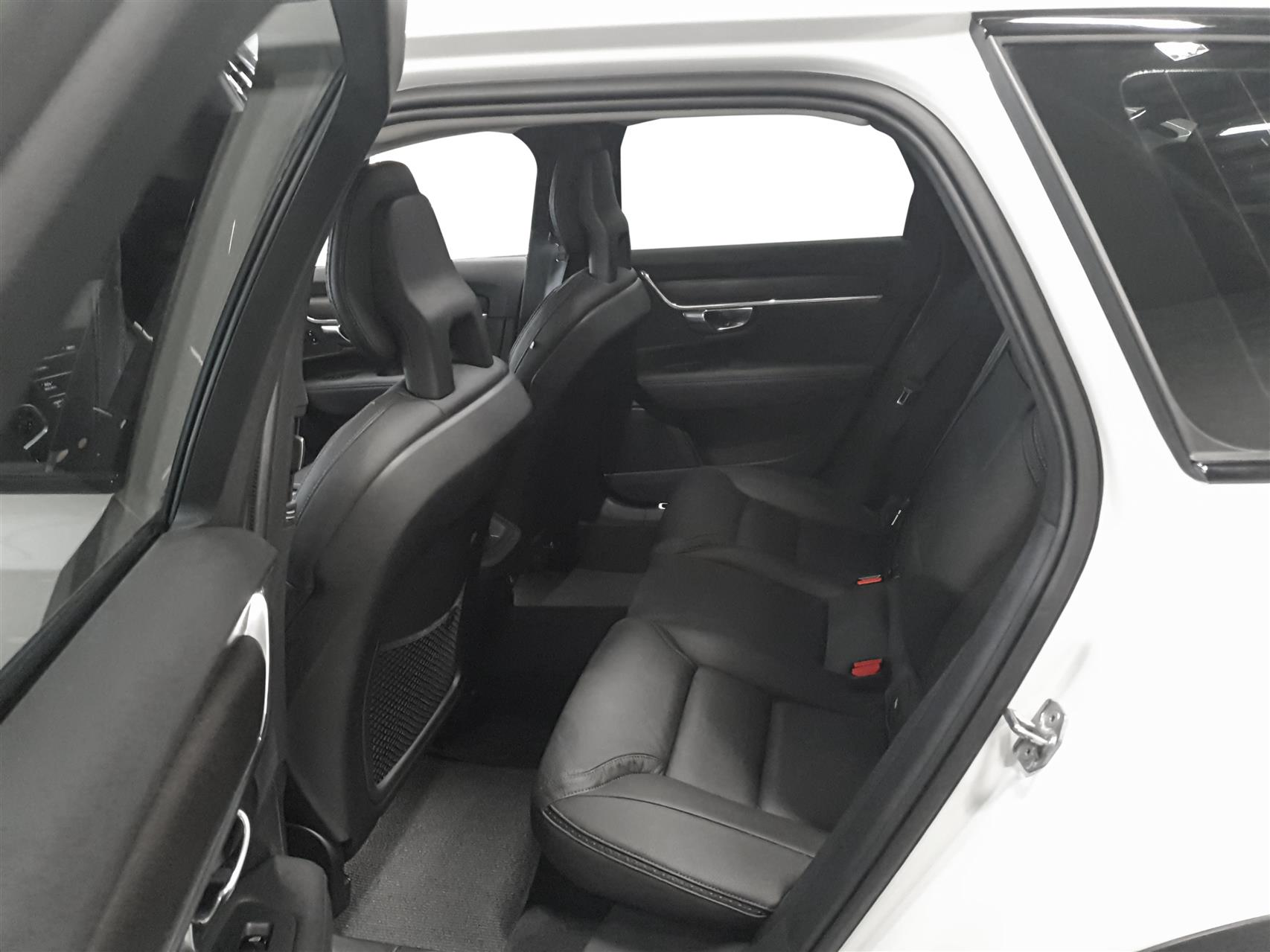 2,0 T5 Pro AWD 254HK Stc 8g Aut. image4