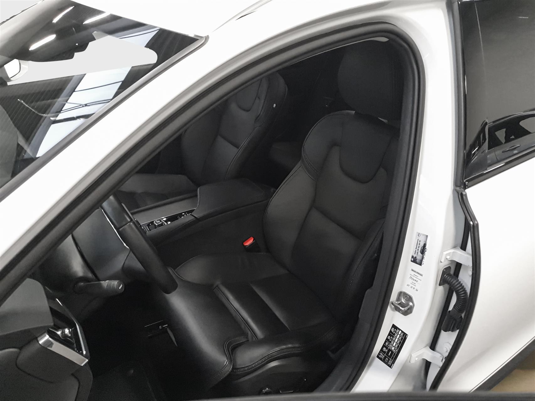 2,0 T5 Pro AWD 254HK Stc 8g Aut. image8