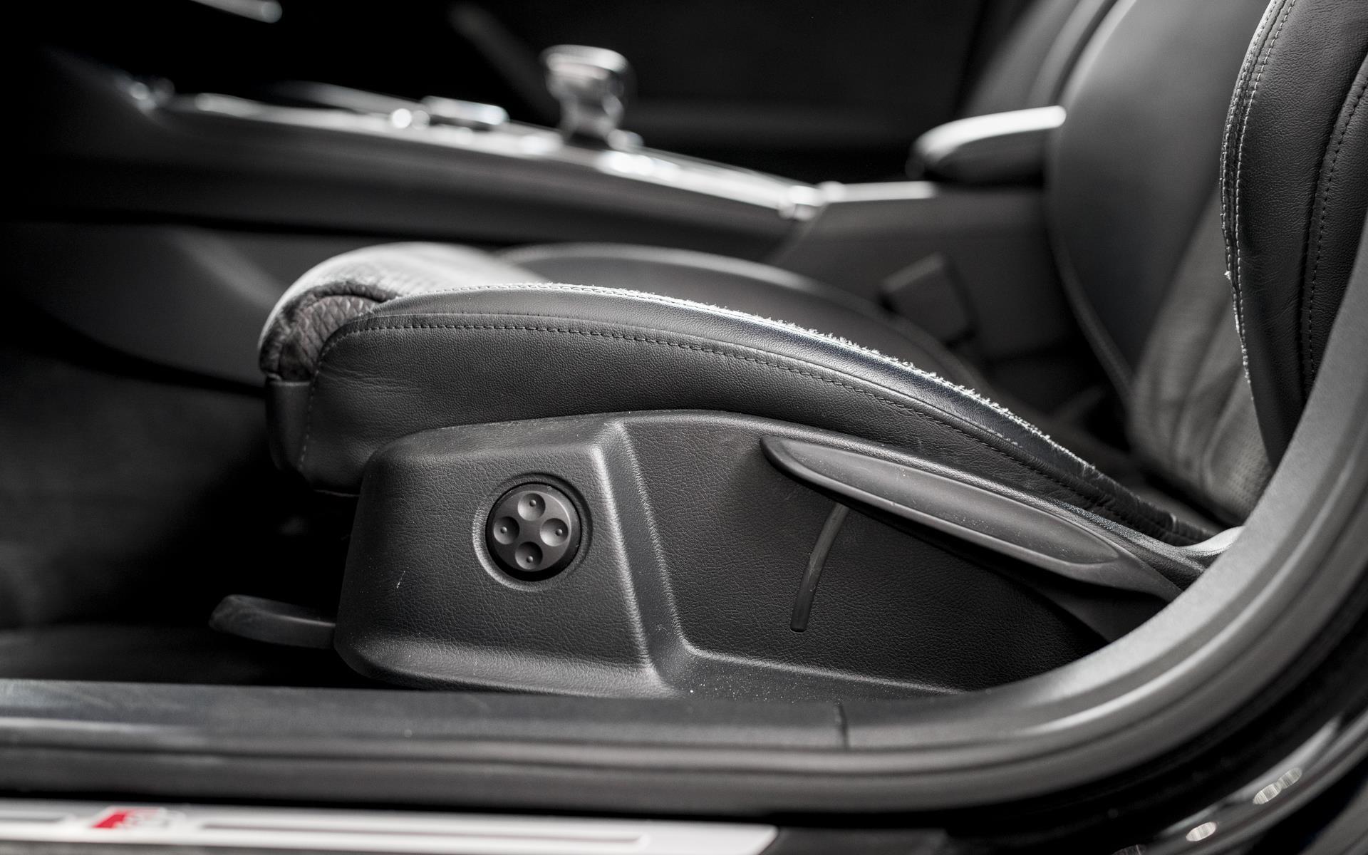 Avant 2,0 TDI S-Line Black Edition TipTronic 190HK Stc  image10