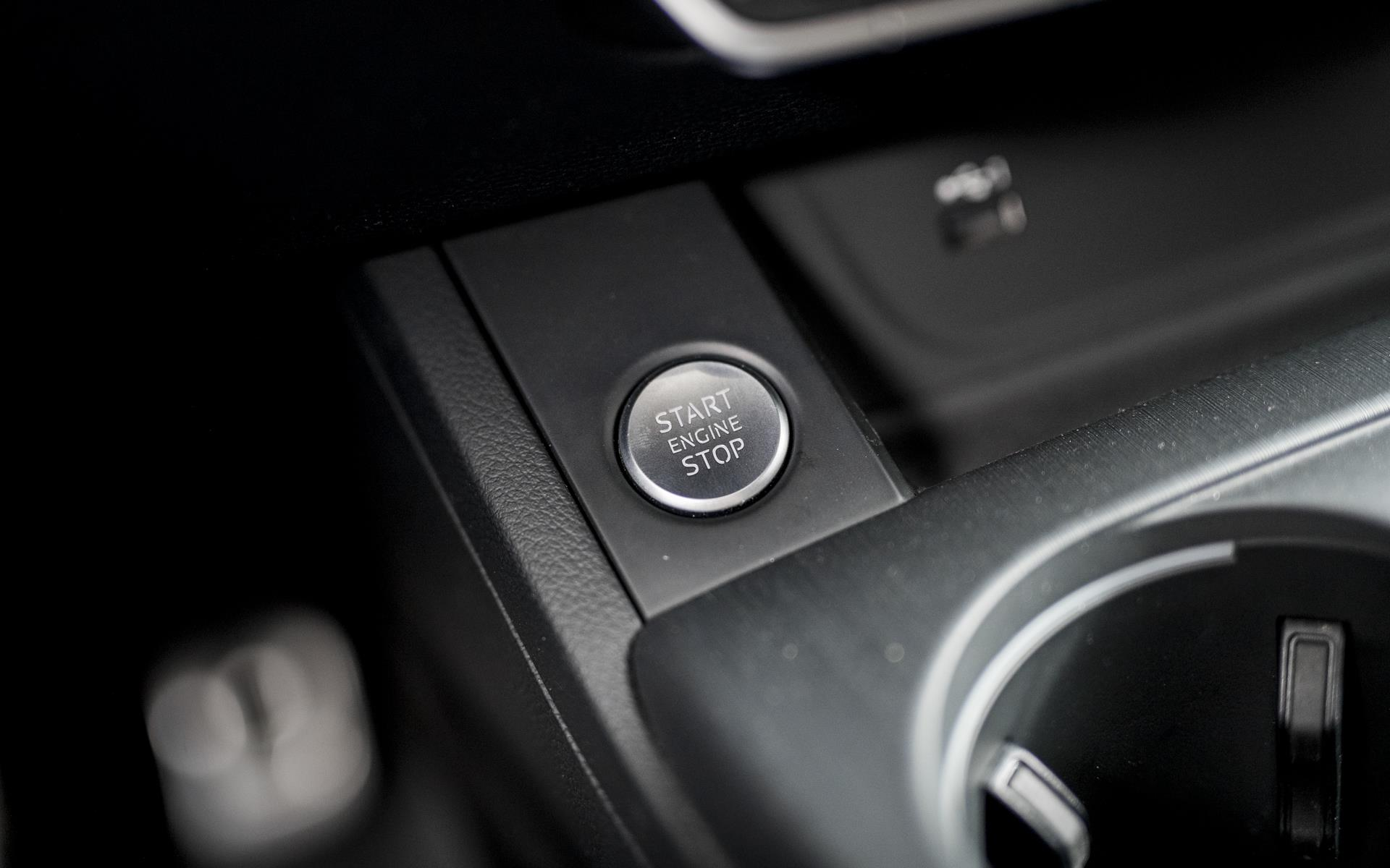 Avant 2,0 TDI S-Line Black Edition TipTronic 190HK Stc  image14